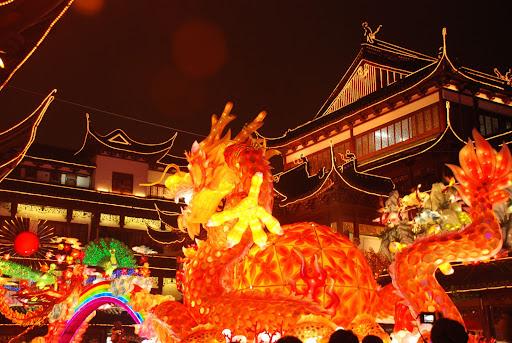 Shanghai Fête des Lanternes 2012 - Scène de dragon