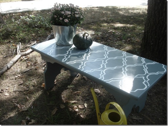 friday feature--stenciled bench from dont disturb this groove blog
