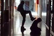 cagliari_violenza_su_compagno_di_scuola_bulli_inchiodati_dal_filmato_del_telefonino-0-0-431900