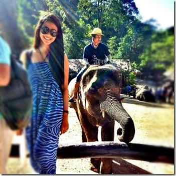 Gambar HOT Fouziah Gous ketika melawat Bandar Chiang Mai 1