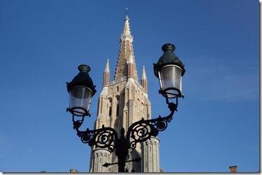 聖母教会(Onze Lieve Vrouwe Kerk)