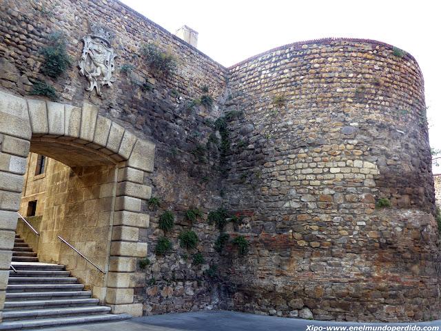 muralla-de-leon.JPG