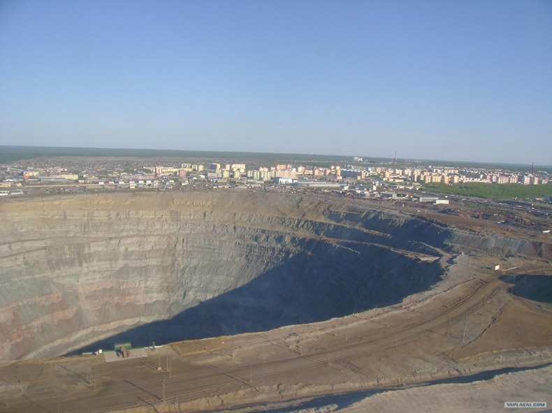 mir-diamond-mine-3