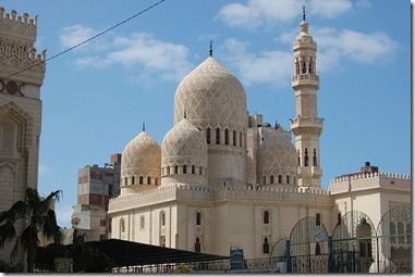 800px-Abu_al-Abbas_al-Mursi_Mosque01