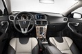 2013-Volvo-V40-Cross-Country-33