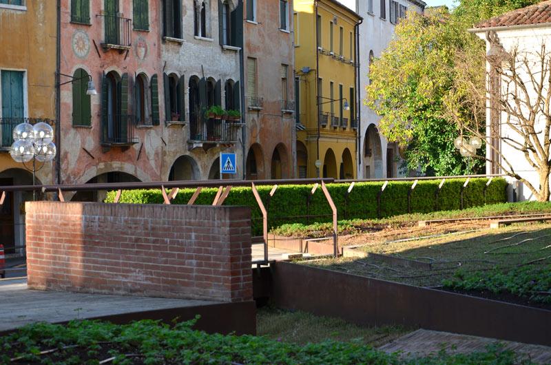 Via Roggia 11