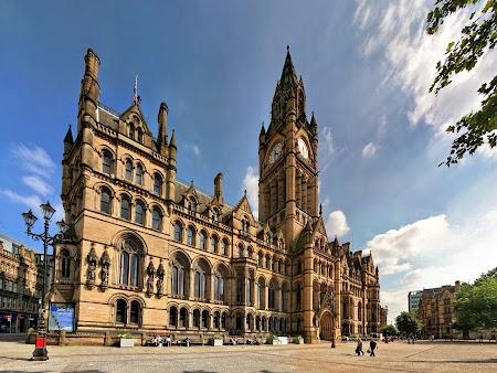 02. Albert Square - Manchester.jpg