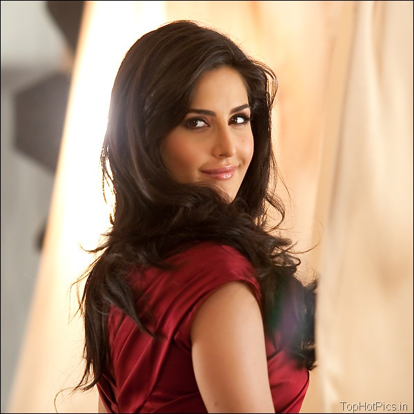 Katrina Kaif Hot Hd Pics in Red Dress 1