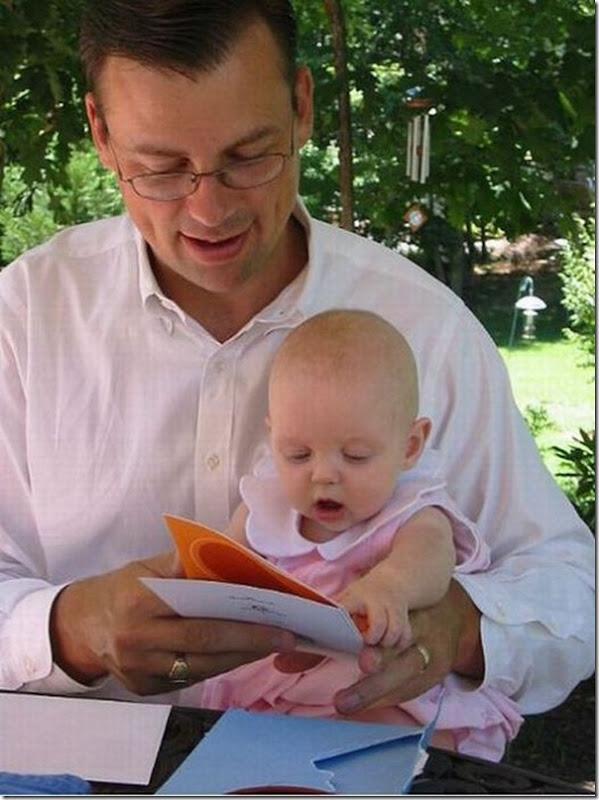 Lendo com o papai