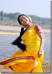 navya-nair_yellow_dress