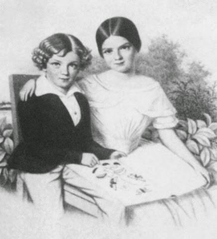 La pequeña Sisí con su hermano favorito, Carlos Teodoro («Gackel»)