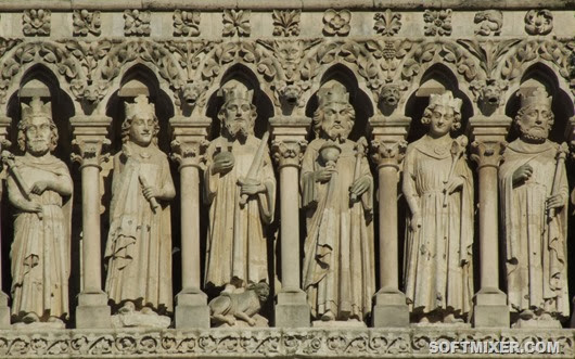 Amiens_cathedral_004