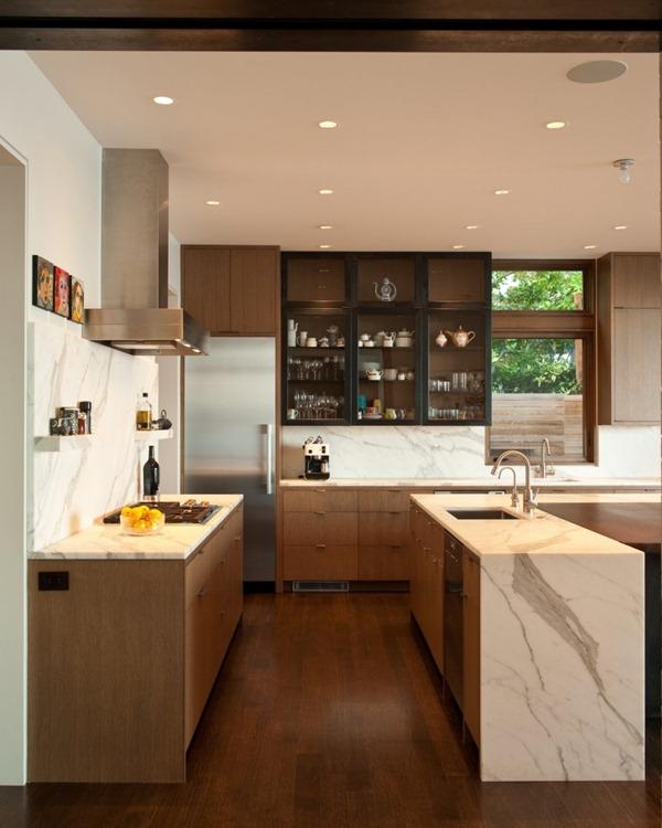 cocina-con-marmol-moderna-integrada-al-salon