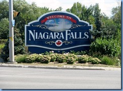 7685 Thorold Townline Rd - Niagara Falls Welcome sign