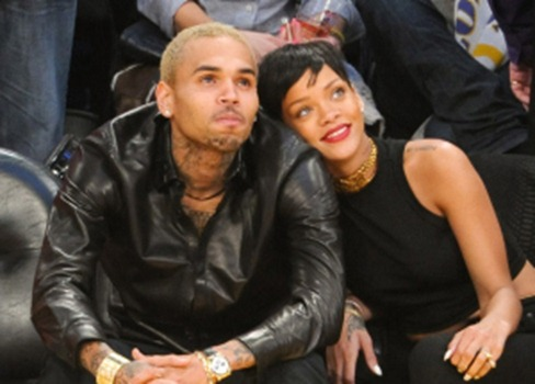 2669709-chris-brown-rihanna-lakers-962-478