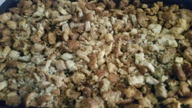 Homemade Bread Crumbs from Loaf Bread