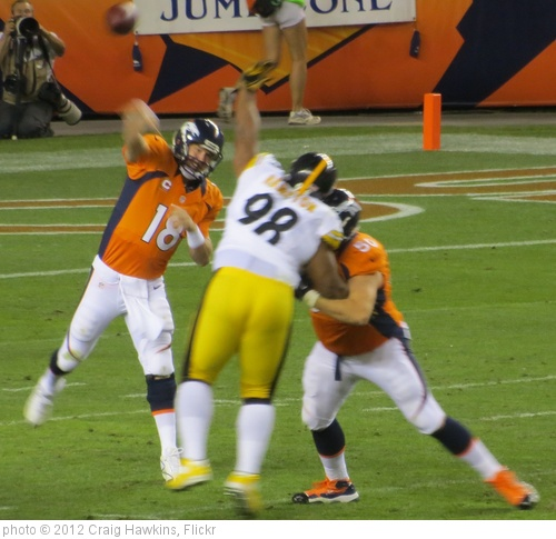'Manning passing, Broncos vs Steelers 2012' photo (c) 2012, Craig Hawkins - license: http://creativecommons.org/licenses/by-nd/2.0/