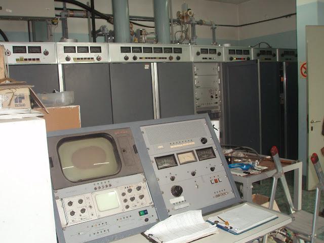 Κέντρο Εκπομπής  Τσεμπερού TELLETTRA 5 kw.jpg