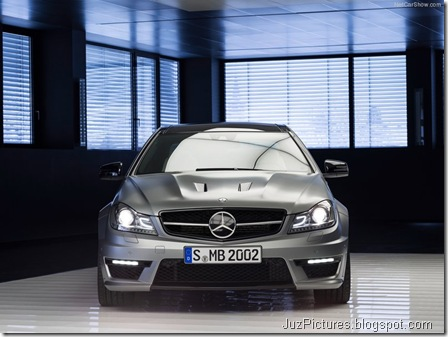 Mercedes-Benz-C63_AMG_Edition_507_2014_800x600_wallpaper_06