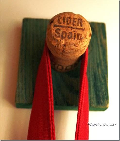 winecorkcoathookcraft