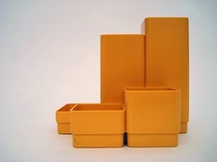 Multi-tier mod pop yellow plastic desk organizer