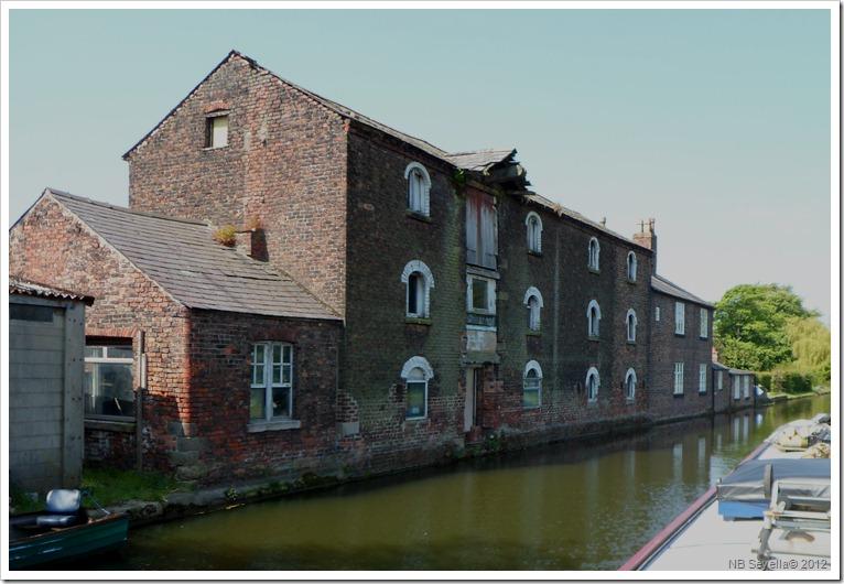 SAM_0308 warehouse near Hesford.