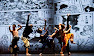 Foto Five-shadowy-dancers-stri-007