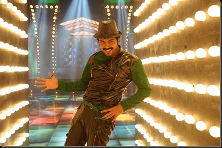 Karthis_Alex_Pandian_Movie_Stills_05