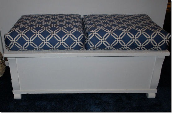 friday feature--almost no sew box cushions from sweetwater style blog