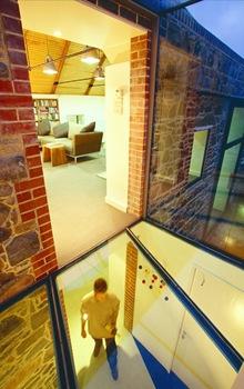 techos-cubiertas-vidrio-piedras-material-de-construccion