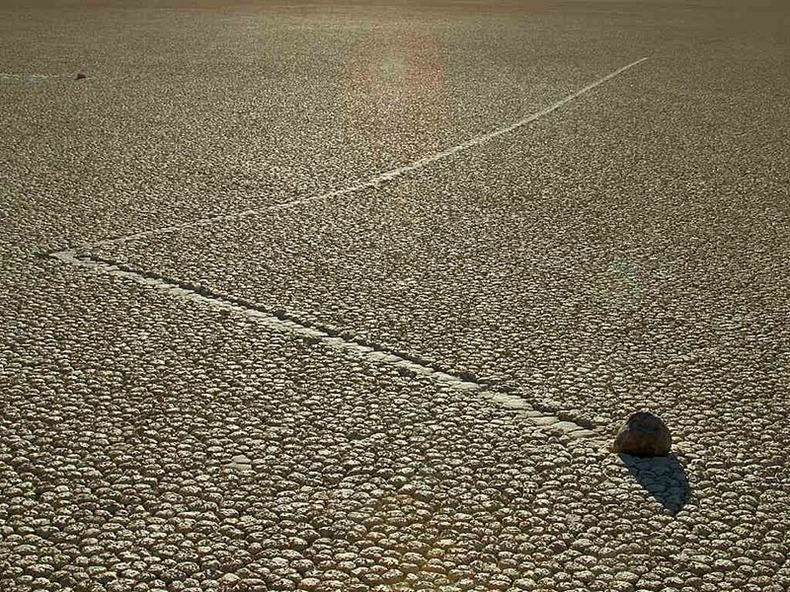 sailing-stones-death-valley-1