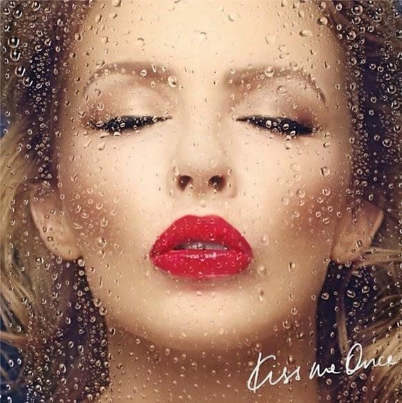 Kylie-Kiss-Me-1021x1024