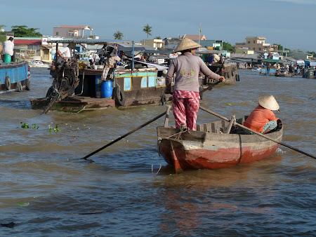 Imagini Delta Mekongului: piata plutitoare Can Tho