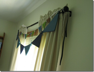 easy flag or bunting valence