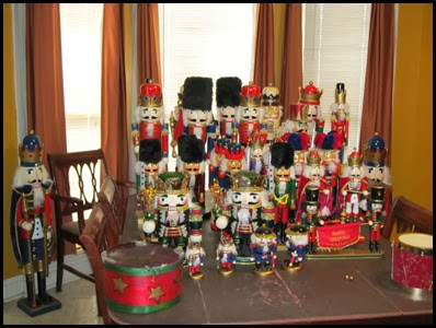 army_of_nutcrackers