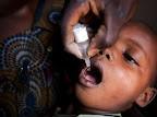 Vaccination contre la polio à Lubumbashi, en République démocratique du Congo, le 28 octobre 2010. AFP/Gwenn Dubourthoumieu  AFP/Gwenn Dubourthoumieu