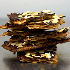 Chocolate Caramel Crack(ers)