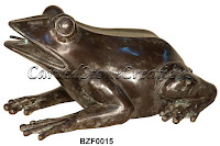 Bronze Spitting Frog Fountain