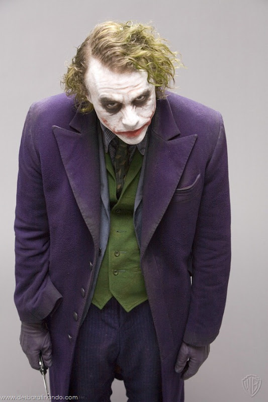joker-heath-ledger-promocionais-batman-desbaratinando (12)