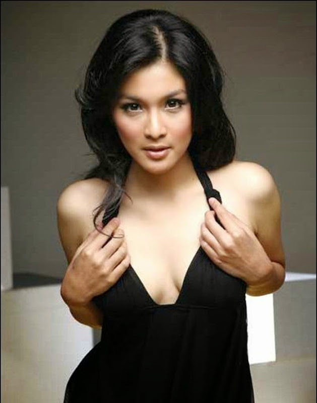 Sandra Dewi Mau Tunjukin Payudaranya Yang Mulus