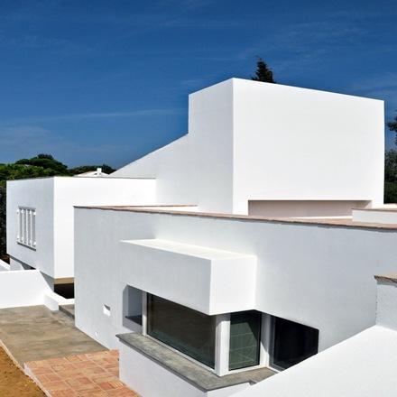 fachada-chalet-Casa-da-Atalaia-S3-arquitectos