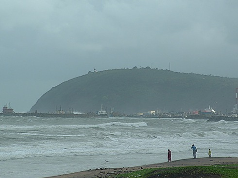 Dolphin's Nose Hill with the light house and the ships at the entrance and sea