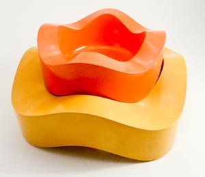 Sinus ashtrays, 84005 and 84009