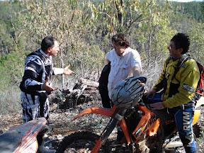 JUANI , JORDI Y GIOVANNI (trialera la minera).JPG