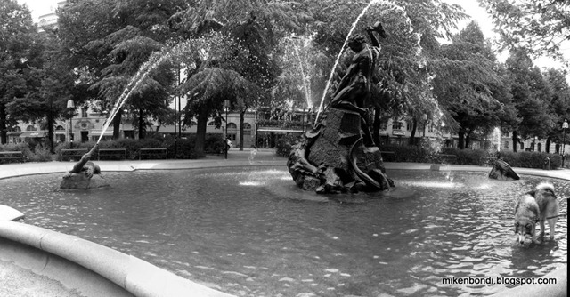 Munson in Mariatorget fountain depicting Thor slaying the sea sepent Jörmungandr