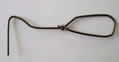 Wire weeder handmade from wire coat hanger_sml