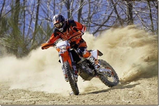 ktm-250-exc-f-six-days-rodando-1
