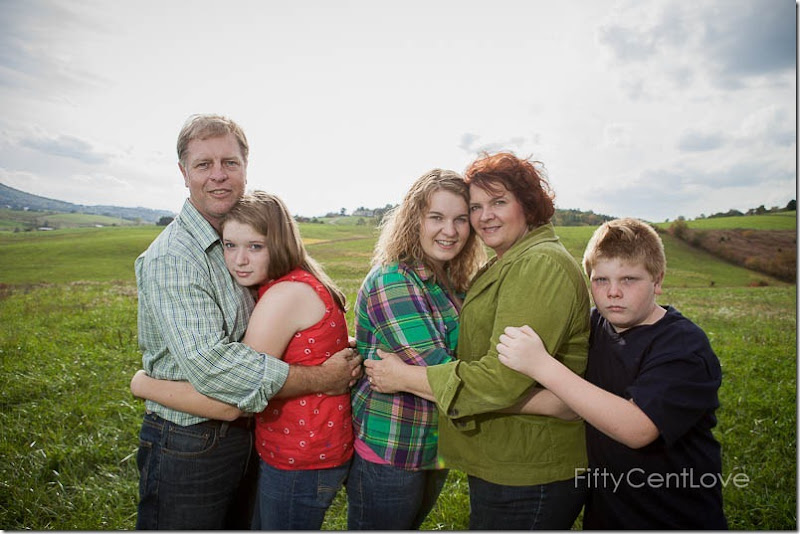 va-family-portraits-field-14