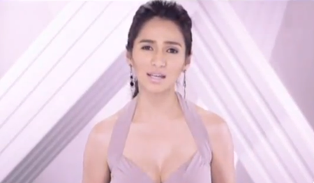 Jennylyn Mercado in Hindi Ka Na Mag-iisa music video