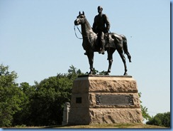 2916 Pennsylvania - Gettysburg, PA - Gettysburg National Military Park Auto Tour - Major General Meade Memorial seated on his horse, Old Baldy